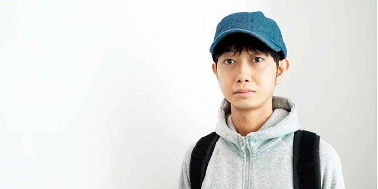 Morimoto tiene un inusual negocio afirmando que recibe miles de solicitudes diarias.