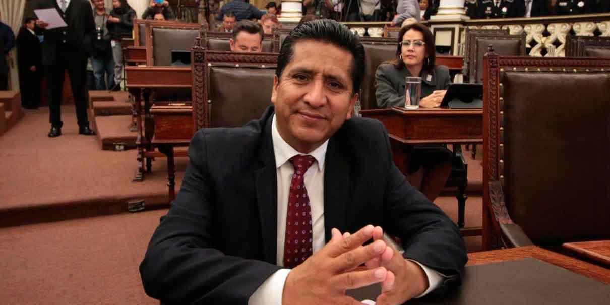 Raymundo Atanacio preside Mesa Directiva del Congreso