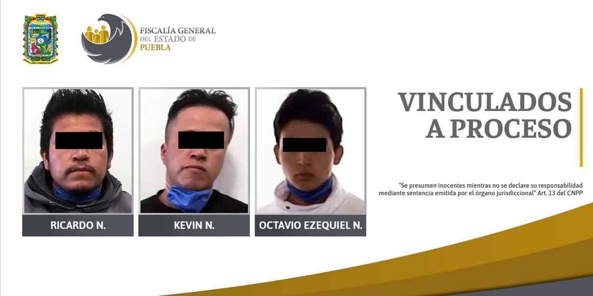 Caen tres sujetos con droga y arma de fuego en San Martín