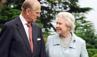 Hospitalizan al esposo dela reina  Isabel II, NO ES COVID